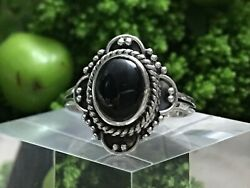 Precious Sterling Silver 925 And Black Onyx Ring W/ Antique Design W Size 8 🖤 B