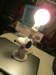 Snoopy Lamp 1958 1066 United Feature Syndicate Inc. 9.5 Inch