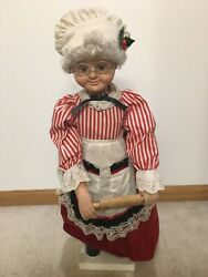 Animated Mrs Claus Gingerbread Cookie Baker Christmas Figure Used