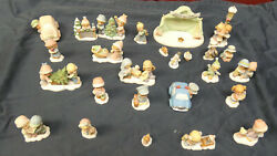 Precious Moments Hawthorne Village Accessory Small Figurines Lot 26 Pieces
