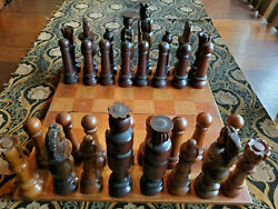 Vintage Antique Hand Carved Wood Chess Set Large Pieces Box And Board Folk Art