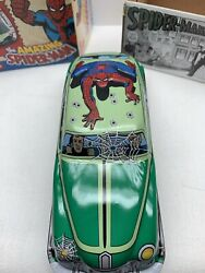 The Amazing Spider-man Classic Schylling Tin Friction Car Marvel.