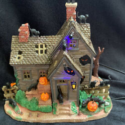Lemax Spooky Town Vickiand039s Cattery Black Cat Haunted House Halloween Village 2010