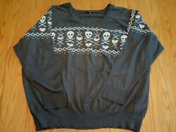 Torrid Plus Size 5 5x Gray Skull Pink Hearts Pullover Sweater Long Sleeve Nice