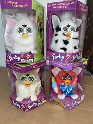 Vintage Furby Lot Of 4 W/ 1 Kb Toys Special 1999 Limited Edition 70-800 1998
