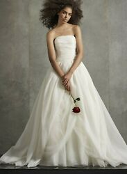 White By Vera Wang - Size 0 - Worn Once For 1 Hour Photo Shoot - Dry Cleaned