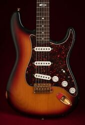 1997 Fender Collectors Edition Stratocaster Guitar No. 1611 Of 1997 Great Player
