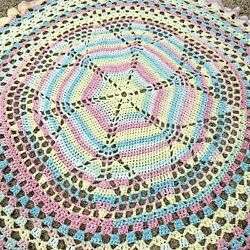 New Handmade Crocheted Multi-colored Pastels Round Baby Blanket 38