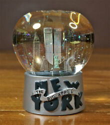 Vintage Nyc New York City Snow Globe With Twin Towers Glitter Statue Of Liberty