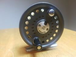 System Two 67-lc Scientific Anglers 3m Fly Reel Made England