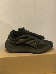 Size 11 - Adidas Yeezy 700 V3 Clay Brown 2020