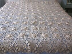 Vintage Crocheted Coverlet Spread Hand Made Beige Queen With Liner Roses 1960and039s