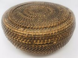 Antique Round Hand Woven Wicker Lidded Sewing Basket 8andrdquox4andrdquo Flaw