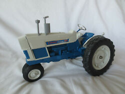 Hubley 1/12 Scale Diecast Ford Commander 6000 Farm Toy Tractor