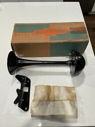 Nos Gm 987443 1956 Belair 3rd Note Accessory Horn High Note Oem Rare