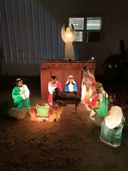 Vintage Christmas Blow Mold 14 Pc Nativity Wood Creche Manger Nativity Lighted