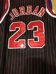 Michael Jordan Chicago Bulls Jersey 23 Autographed And Authenticated