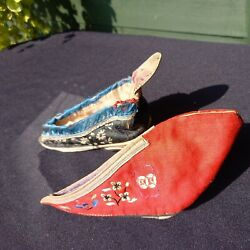 19th Century Embroidered Silk Asian Japanese Bound Feet Shoes/slippers X 2