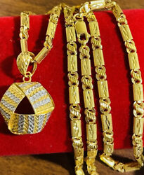 22k Yellow Saudi Fine Gold 916 Womenandrsquos Triangle Set Necklace 18andrdquo Long 4mm 16.5g