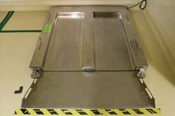 Floor Scale Stainless Steel 600 Kg. S/n 5191935-5bc. With Me B42619