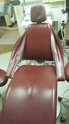 Functional Dental Chairs And Delivery Systems - Excellent Condition