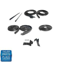 1970 Dodge / Plymouth Weatherstrip Seal Kit - 9 Pieces