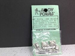 ho 1 87 alloy forms 3176 mack truck detail