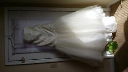 Ivory Vera Wang Fit And Flair Strapless Wedding Dress