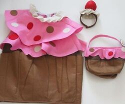 NWT POTTERY BARN KIDS CUPCAKE HALLOWEEN COSTUME WITH TREAT BAG NWOT 2-3 2T-3T $99.99