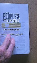 The Peopleand039s Study Bible- King James - Black Deluxe Bonded Leather Brand New