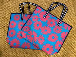 2*Estee Lauder Lisa Perry Design Tote Beach Bag With A Sunglasses Pouch $3.99