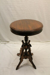 Beautiful 19th Century American Walnut Round Candle Lamp Side End Table