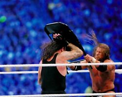 The Undertaker And Triple H Hhh 8x10 Photo Picture Wwe Wwf Wrestlemania Dx Chair