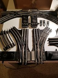 VINTAGE LOT LIONEL TRAIN curved track 022 switcher track and 20 cross track