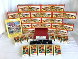 The Great Circus Train By Walthers Ho Pacific Loco W/ 20 Cars And 10 Access. C-9