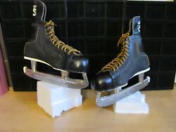 Vintage 1960's Bauer Black Panther Hockey Skates Size 10-Great Condition