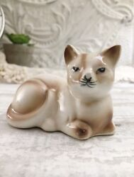 Vintage 1950s ceramic Siamese cat figurine Glossy Made In Japan