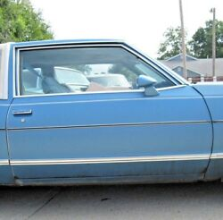 1977 1978 Buick Riviera Right Front Door Assembly With Power Windows