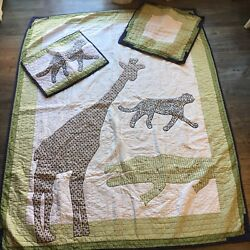 Pottery Barn Kids Quilt Zoo Animals Boys And Girls Twin Set. Pillow, Sham Bedding