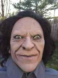 Halloween Lifesize Animated Wicked Serial Killer Dude Prop Haunted House New