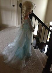Elsa Frozen costume dress up Disney Ultimate Collection size 5 6 EUC wig hairpin