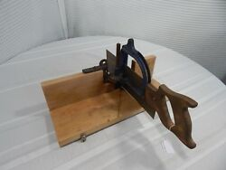 Vintage 16 Stanley Maple Miter Box No.115 With 12 Saw 10tps.usa