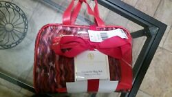 Adrienne Vittadini Cosmetic Bag set of 3 RED