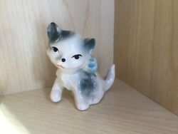 KITTEN PORCELAIN FIGURINE WHITE AND GRAY WITH BLUE BOW MARKED ON BOTTOM JAPAN