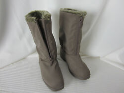 Totes Boots Winter 7W or 7 .5 B Taupe Faux Fur Lined Zipper Front NWOT $27.00
