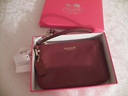 NWT COACH Cognac Brown Legacy Leather Wristlet Pouch case NEW in a Box 48689B $45.00