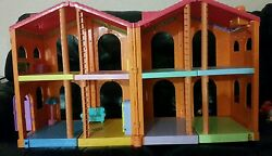 Dora The Explorer Talking Welcome Doll House