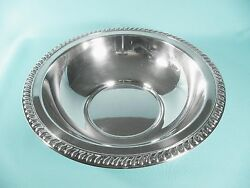 Vintage Wm A Rogers Heavy Silver Plate 11d Serving Bowl W Classic Beaded Rim