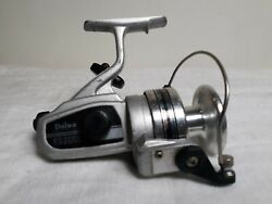Early Daiwa Rs2000 Large Size Spinning Reel - Fresh And Salt Water Angling