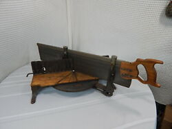 Vintage 20 Stanley Commercial Miter Box And 28 Disston Saw 11t.p.i No.2358